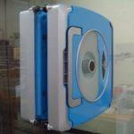 Робот Windoro — мойщик окон