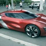 На улицах Парижа новый концепт-электрокар Renault DeZir
