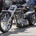 Американские конструкторы изготовили кадиллоцикл