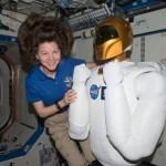 Первый робот в мире начал функционировать в космосе