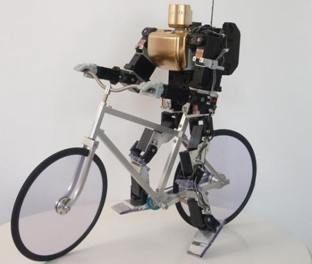 PRIMER-V2 – велосипедист-робот