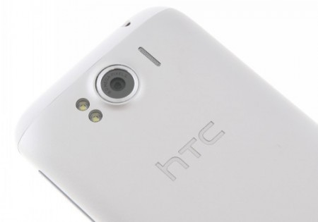 HTC Sensation XL (4)