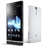 Первый смартфон Sony на рынке России