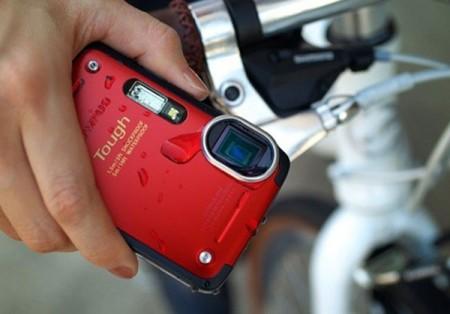 Герметичная фотокамера Olympus Stylus TG-625 Tough (2)