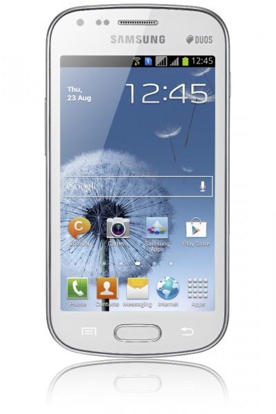 Официальное представление Samsung Galaxy S Duos (1)