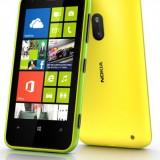 На Nokia Lumia 620 можно оформить предзаказ в Англии