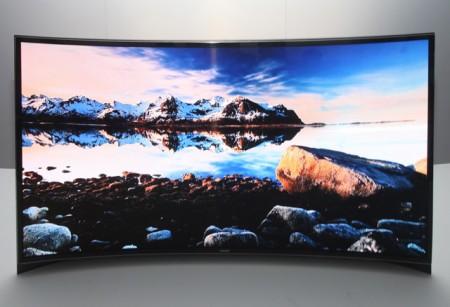 первые в мире изогнутые OLED-телевизоры Samsung
