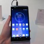 Hisense X1 — самый большой смартфон в мире, «всего» 6,8-дюйма