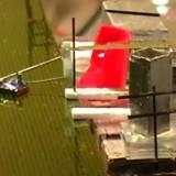 Маленькие магнитные роботы в будущем будут работать на сборочных конвейерах