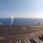 Истребитель F/A-18C демонстрирует преодоление сверхзвуковой скорости — видео