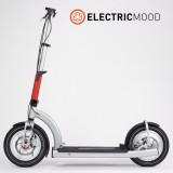 ElectricMood — городской электроскутер весом всего 10 кг