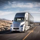 Представлен первый в мире грузовик с автопилотом
