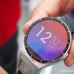 Lenovo показала умные часы Magic View с двумя экранами