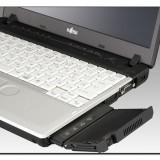 Fujitsu торопится с выпуском ноутбуков со встроенным проектором