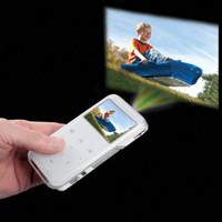 Видеокамера-проектор от компании Hammacher