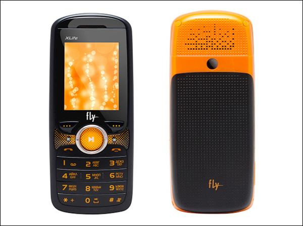 Бюбжетный телефон Fly DS155